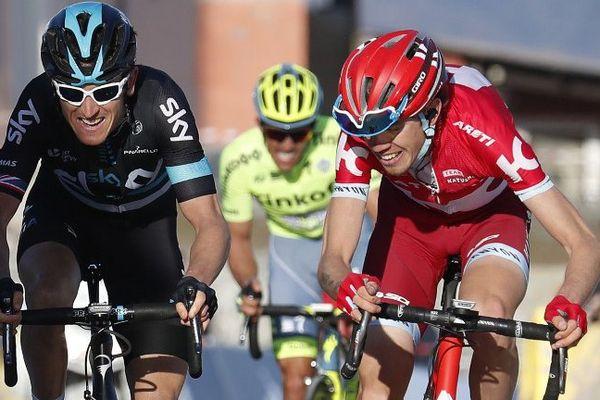 Geraint Thomas ( à gauche ) et au sprint de la 5è étape