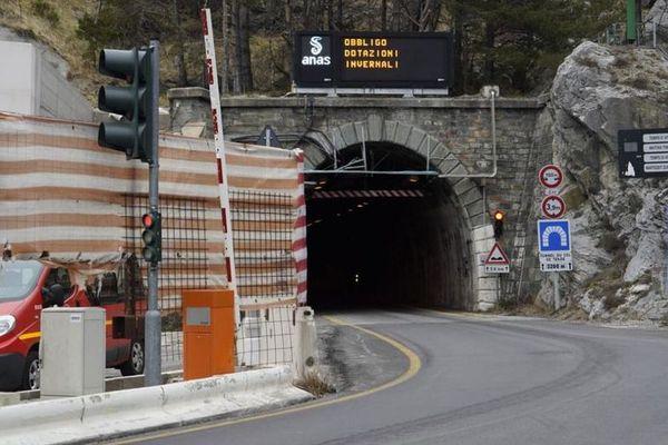 Le chantier du tunnel du col de Tende à l'arrêt en 2020.