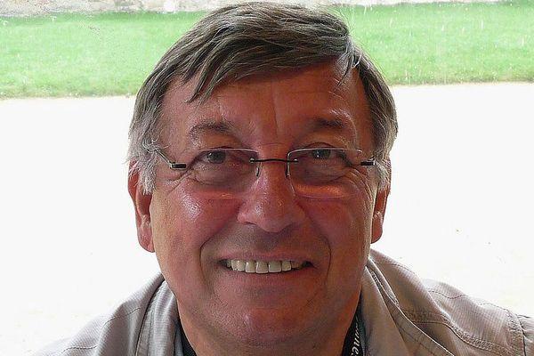 Firmin Le Bourhis était l'un des auteurs emblématiques de polars en Bretagne