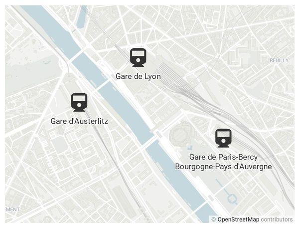 Les trois gares sont proches.