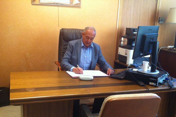 Jean-Paul Trovero, le maire de Fontaine, en Isère