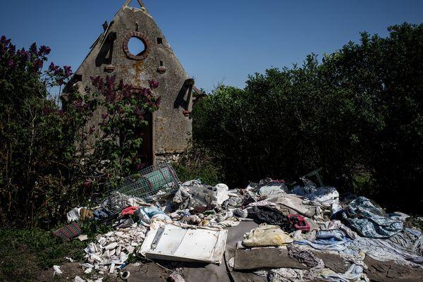 Les dépôts sauvages par des particuliers et surtout par des entreprises sont une maladie récurrente en Île-de-France.