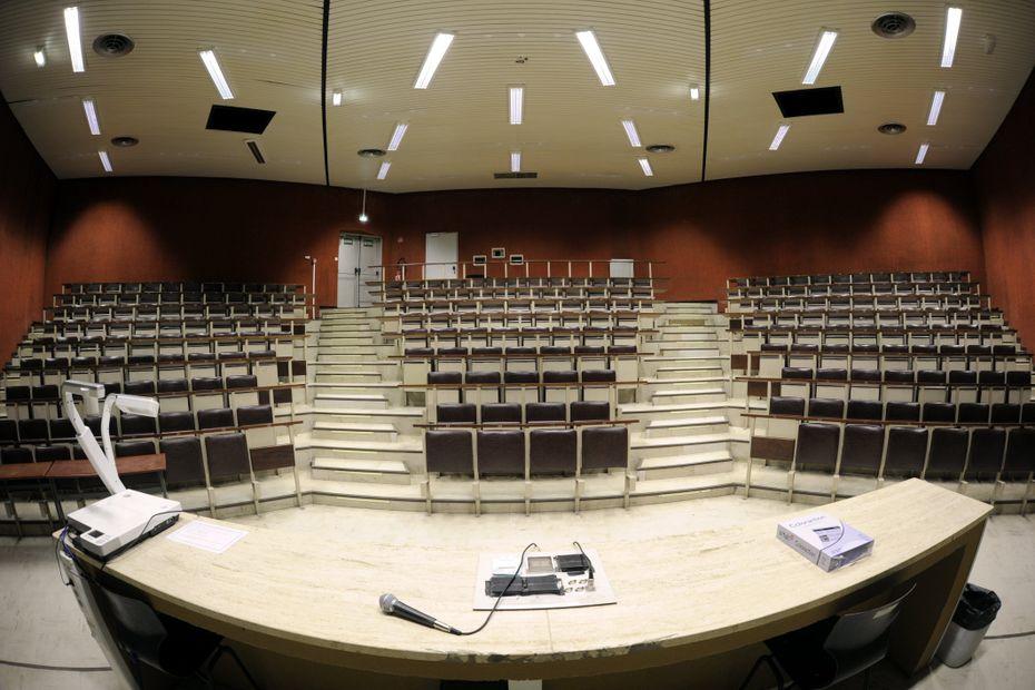 Covid:« Nous sommes sacrifiés », la détresse de 820 étudiants redoublants de première année d'études de santé à Toulouse