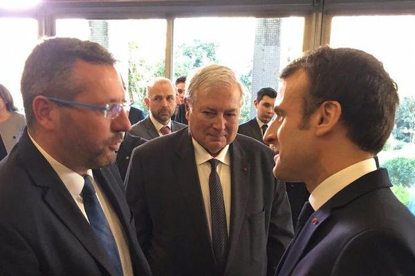 Nicolas Rubin salue le président de la République