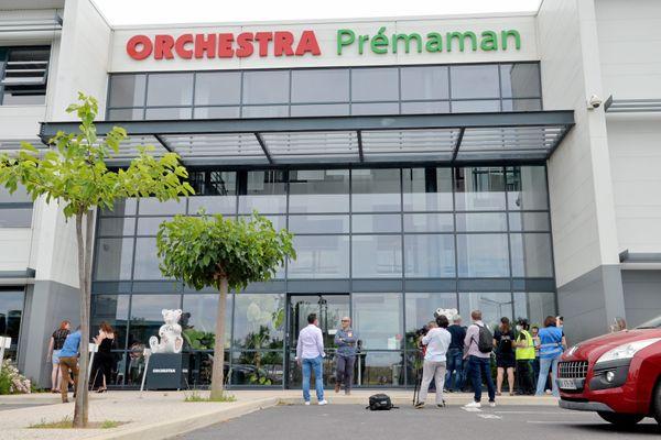 Les salariés d'Orchestra St Aunès lors des mobilisations suite à l'annonce du rachat du groupe par Pierre Mestre au printemps 2020 sont aujourd'hui rassurés d'avoir pu maintenir leurs emplois dans l'Hérault