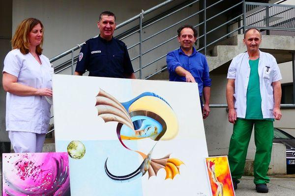 La présentation des tableaux a eu lieu lundi 2à avril au CHU Nord de Saint-Etienne