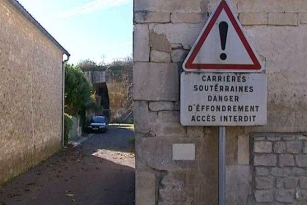 A Saint-Même-les-Carrières, les anciennes galeries souterraines ont fragilisé le sous-sol.