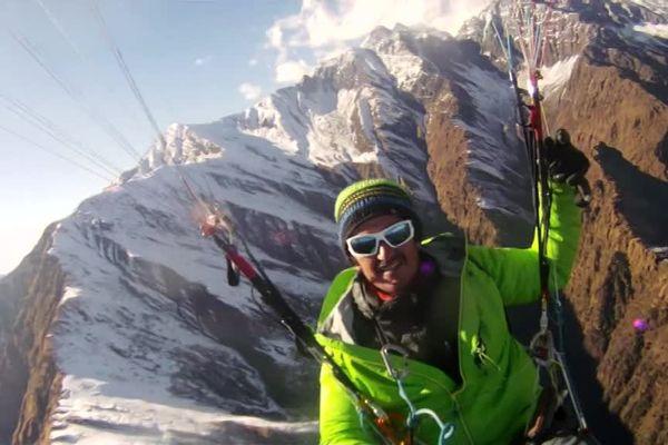 Jean-Yves Fredriksen au-dessus de l'Himalaya.