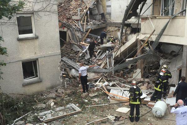 L'immeuble a été littéralement soufflé.