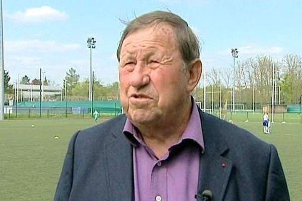 L'ancien entraîneur de l'AJA est en désaccord avec la nouvelle direction