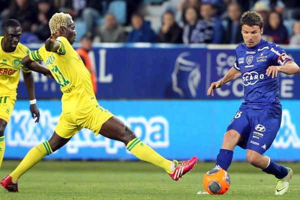 Ismael Bangoura face à Yannick Cahuzac