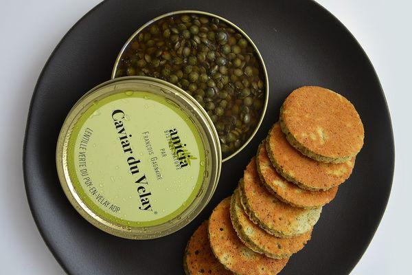 L'Anicia propose des spécialités de Haute-Loire revisitées et notamment la lentille du Puy, ici présentée en caviar.