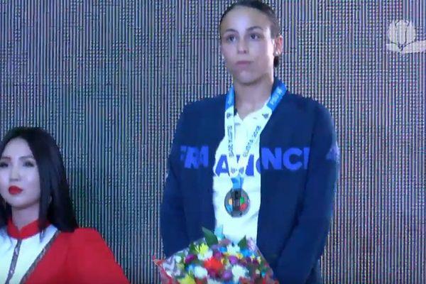 Amina Zidani sur le podium des championnats du monde universitaires