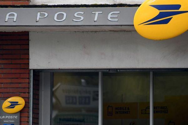 Environ 200 bureaux de Poste sont ouverts ce mardi dans la région.