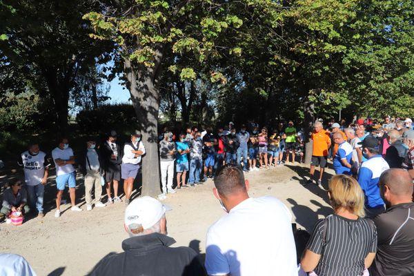 Plus d'une cinquantaine de spectateurs autour de la partie de la triplette Foyot.