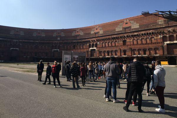 Les élèves du lycée de la Communication de Metz à la découverte du stade de Nuremberg (Allemagne), lundi 1er avril 2019.