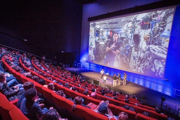 Collegamento diretto dalla Stazione Spaziale Internazionale con Thomas Pesquet e gli studenti della Cité de l'Espace di Tolosa