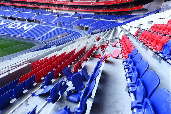Photo d'illustration. Le Groupama Stadium avait déjà subi des dégradations au moment de la finale de la Coupe de la Ligue, en 2017.