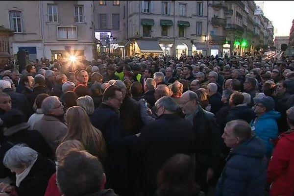 A Montpellier, plusieurs milliers de personnes ont participé mardi soir à un rassemblement contre la hausse des actes antisémites.