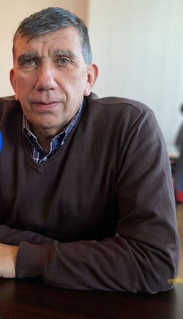 Ancien sapeur-pompier professionnel, le maire de Colombier Saugnieu (Rhône) Pierre Marmonier souhaite que l'on se révolte contre cette journée des droits des femmes