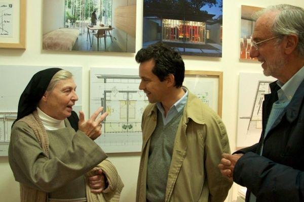 Soeur Brigitte et Renzo Piano à Beaubourg en discussion avec le journaliste Nikolai Ouroussof, le 14 octobre 2012