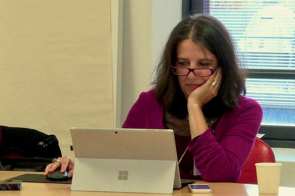 Christine Carmona, biographe hospitalière, écrit le récit des vies des patients malades aux Sables-D'Olonne