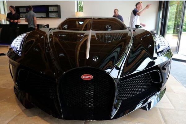 La Voiture Noire, un modèle unique. Le plus cher du monde.