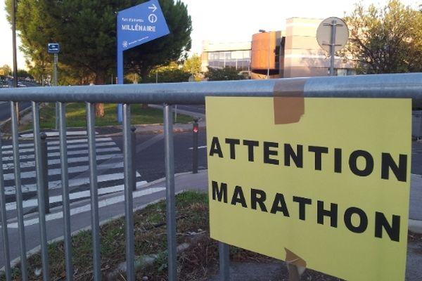 Montpellier - barrière anti-public du Marathon - archives.