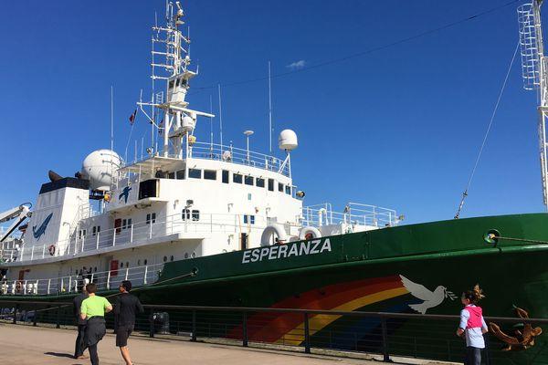 Le bateau mythique de Greenpeace est à quai à Bordeaux et se visite durant ce week-end.