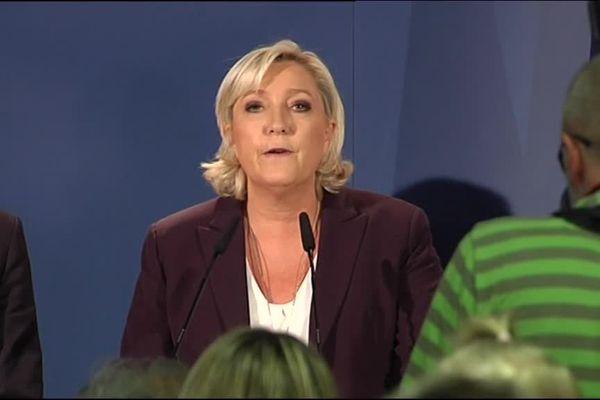 Marine Le Pen à Hénin-Beaumont réagit face à l'abstention record