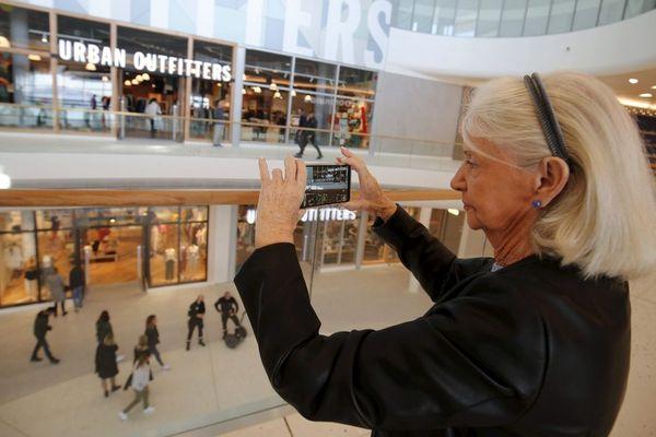 Le centre commercial Cap 3000 a rouvert ses portes lundi 11 mai, pour le premier jour du déconfinement... L'occasion d'une photo souvenir !