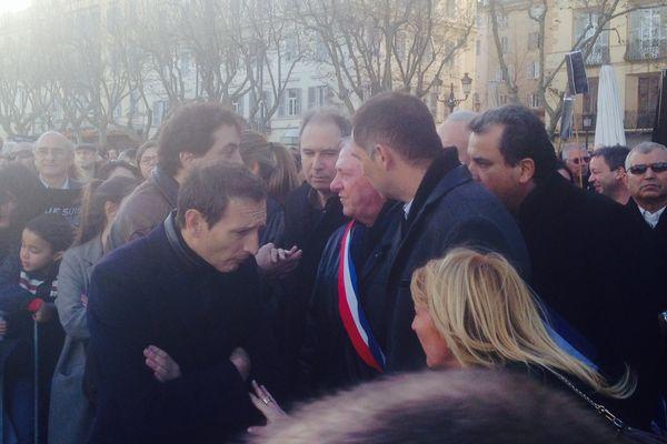 """Les élus parlementent avec Anthony Casanova, le jeune bloggeur pour """"affiner"""" le protocole."""