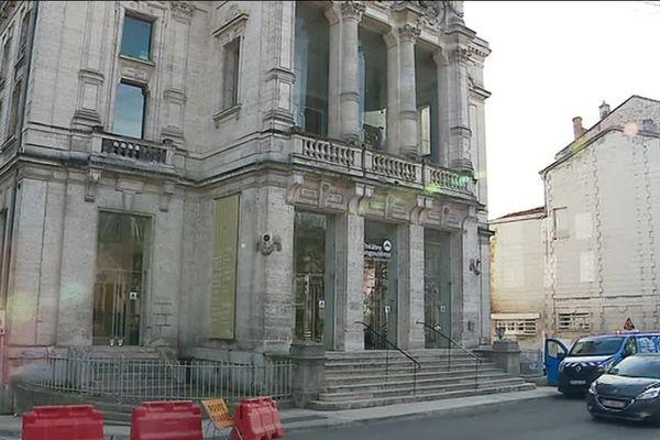 Le théâtre d'Angoulême est fermé à cause d'une inondation survenue ce dimanche 3 mars 2019.