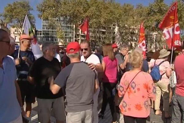 Environ 200 retraités manifestent à Montpellier pour demander une revalorisation de leurs pensions - 29 septembre 2016