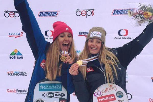 Julia Pereira, à gauche, et Manon Petit Lenoir, médaillée d'or aux championnats du monde de snowboard, le 18 février 2017