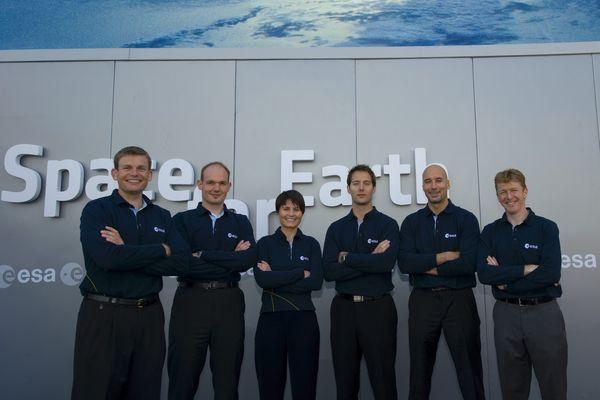 Les 6 astronautes choisis par l'ESA en 2009. De gauche à droite : Andreas Mogensen, Alexander Gerst, Samantha Cristoforetti, Thomas Pesquet, Luca Parmitano et Timothy Peake.