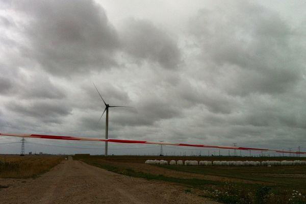 Le feu a pris sur une éolienne à Santilly, dans l'Eure-et-Loir.