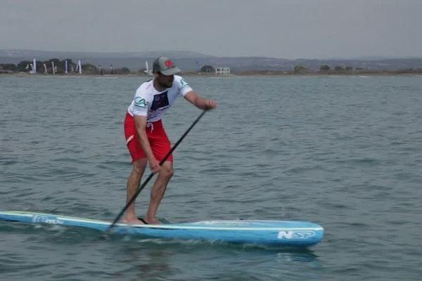 Leucate (Aude) - Vincent Verhoeven en compétition en stand up paddle - 22 avril 2016.