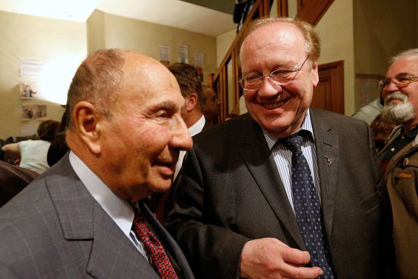 Serge Dassault (à gauche) et Jean-Pierre Bechter (à droite) en 2014.