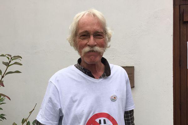 Michel Dupont est quotidiennement en contact avec José Bové.