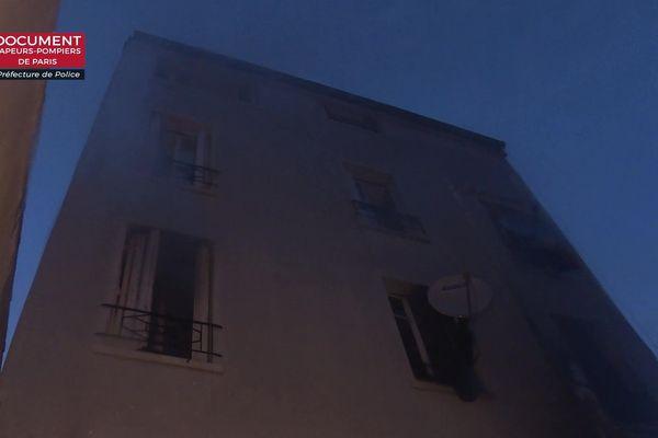 Un incendie a partiellement ravagé un immeuble de La Courneuve.