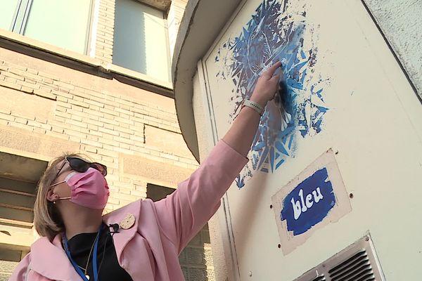Anne-Marie Bonnouvriée est passionnée par l'art qui s'exprime dans les rues.
