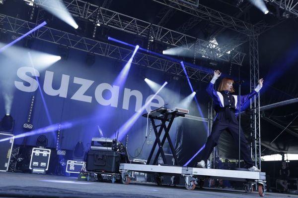 La chanteuse Suzane au Catalpa Festival 2019