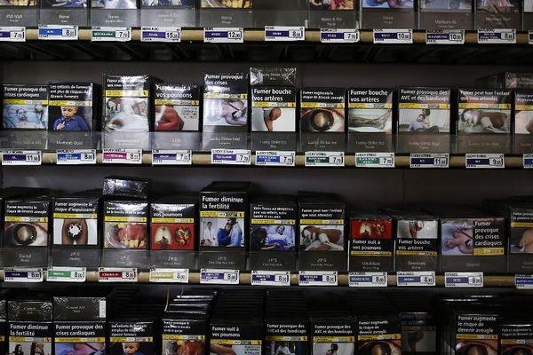Le gouvernement souhaite établir le prix du paquet de cigarettes à 10 euros en novembre 2020 sur le continent.