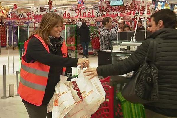 A Auchan, à Montivilliers la collecte alimentaire