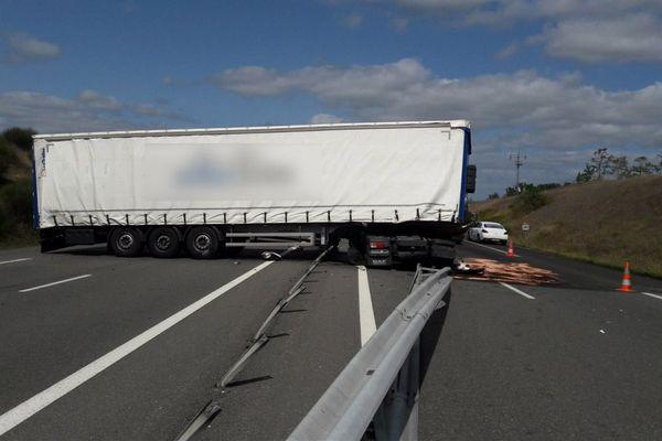 Un poids lourd a été victime d'une crevaison sur l'A20.
