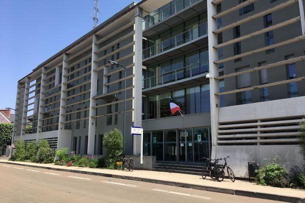 Le commissariat central de Nantes