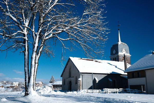 Un mois de janvier qui commence sous la neige dans le Jura.