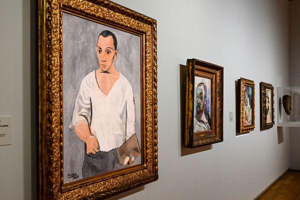 Henri Matisse s'est inspiré de maîtres comme Pablo Picasso pour peindre ses propres portraits.