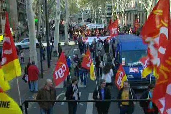 Manifestation contre les politiques d'austérités dans les rues de Toulouse le 15 novembre 2012